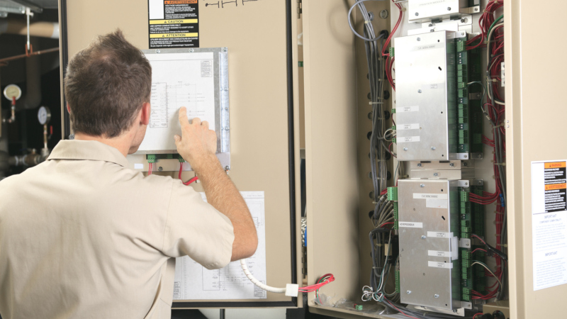 get the best commercial emergency electrician for your business