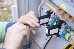 quality and experienced commercial electrical contractors